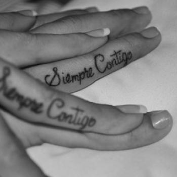 Tatuaż zamiast pierścionka - Apetyczni